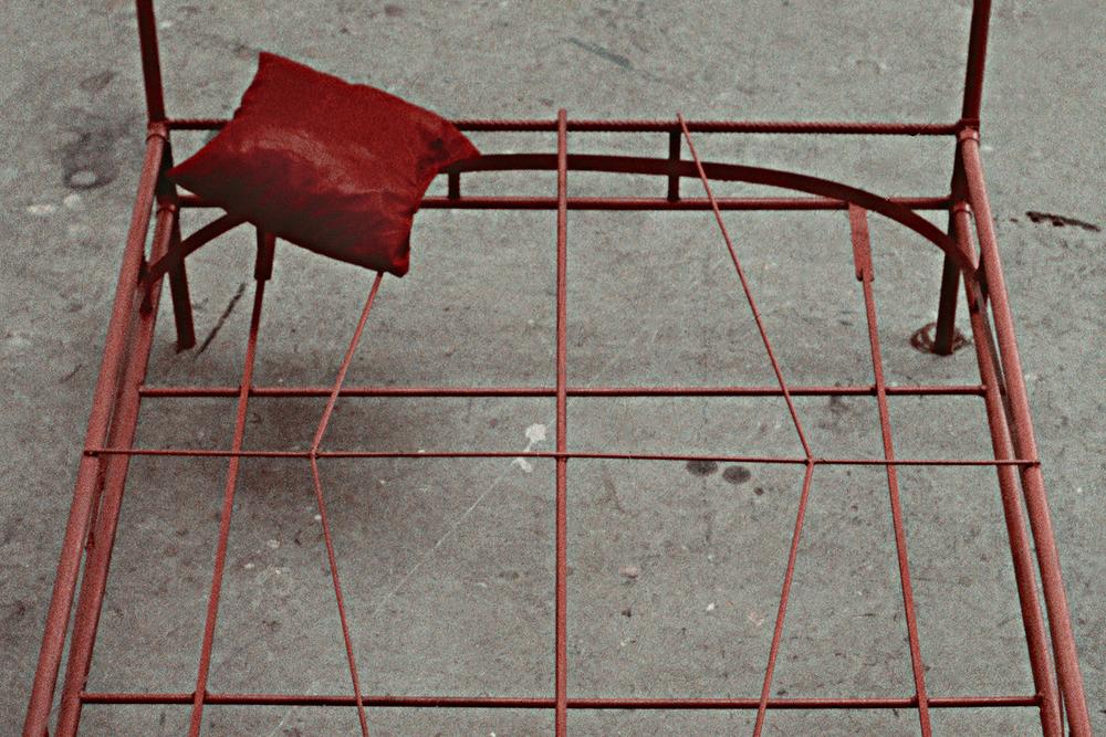 tram-bed-installation-huebner-3.jpg