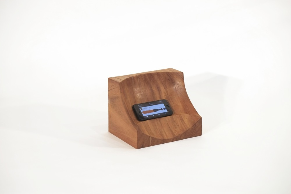 Phone Stand (view) (with phone).jpg