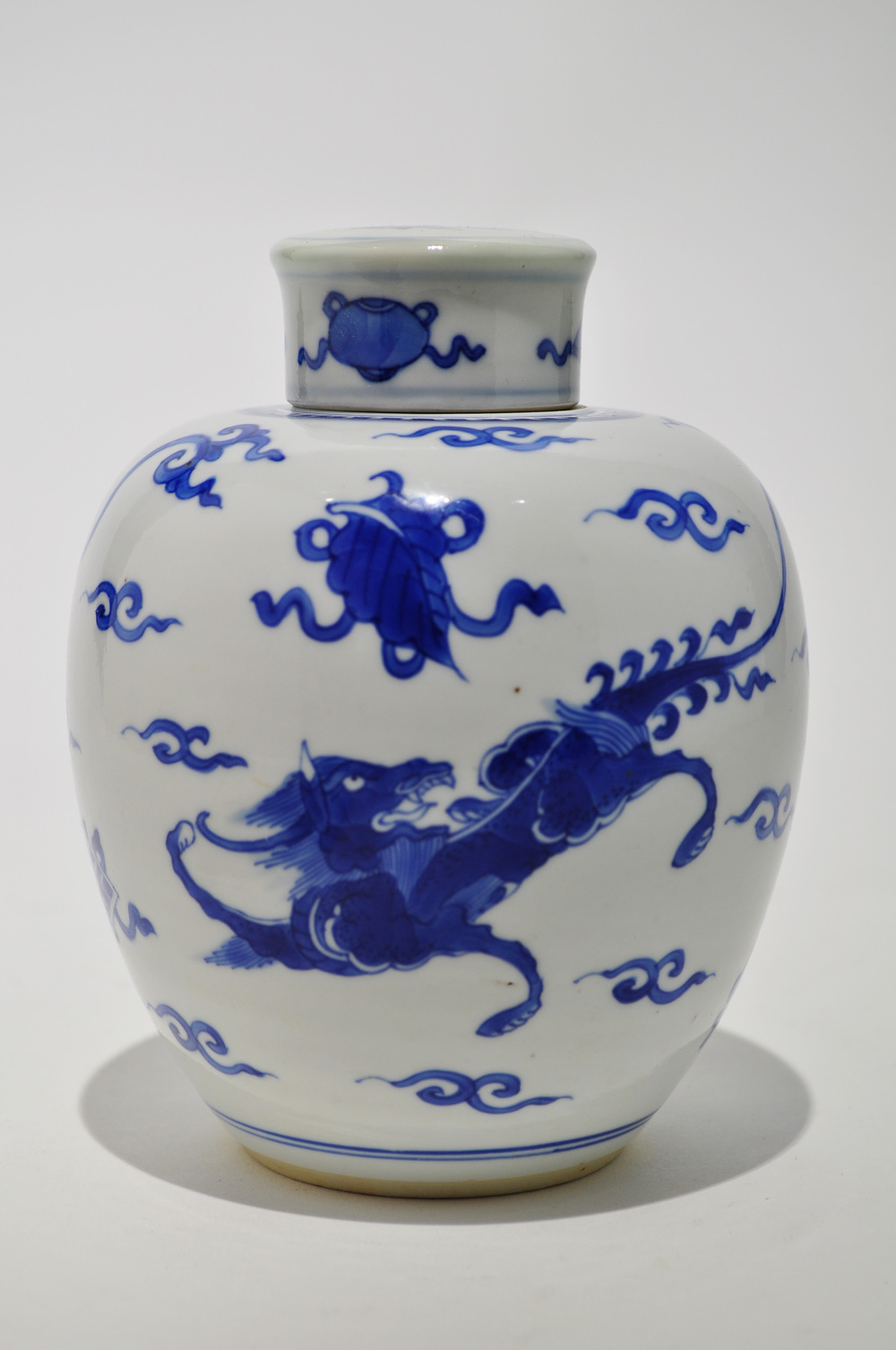 Qing blue white dragon qiling qilong daoguang porcelain jar qing blue white dragon qiling qilong daoguang porcelain jar chinese antique 19th asian house of chicago floridaeventfo Images