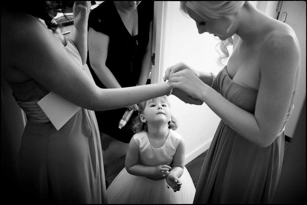 Kate and Chris (bridesmaids). Oxfordshire wedding photography