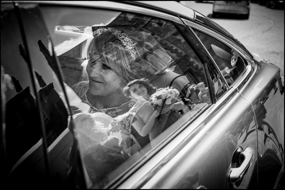 Kate and Chris. Faringdon wedding photography