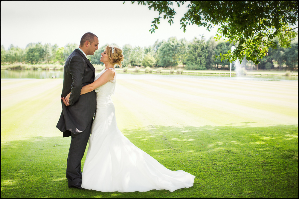 Kate and Chris. Oxfordshire wedding photography