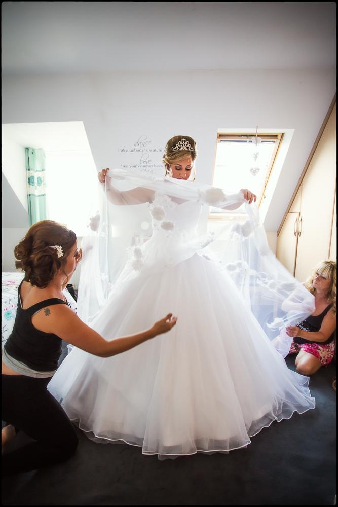 Katy & Eddie. Buckinghamshire wedding photography