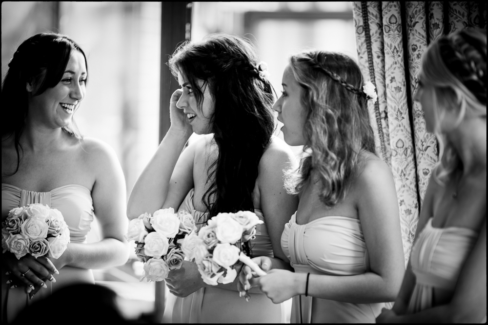 Hollie & Mitchell. Wrag Barn, Wiltshire Wedding photography