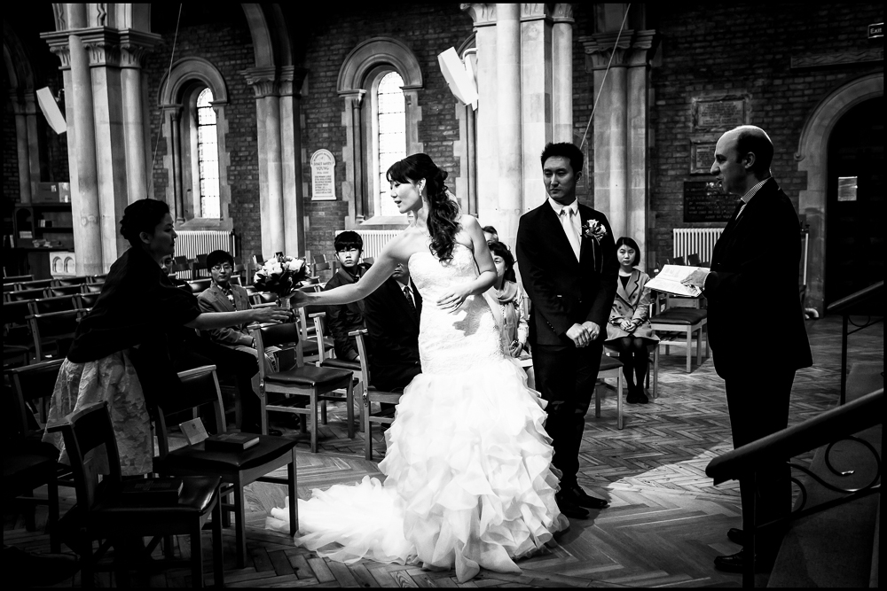 Lucy & Dali. Wedding photography in Oxfordshire.