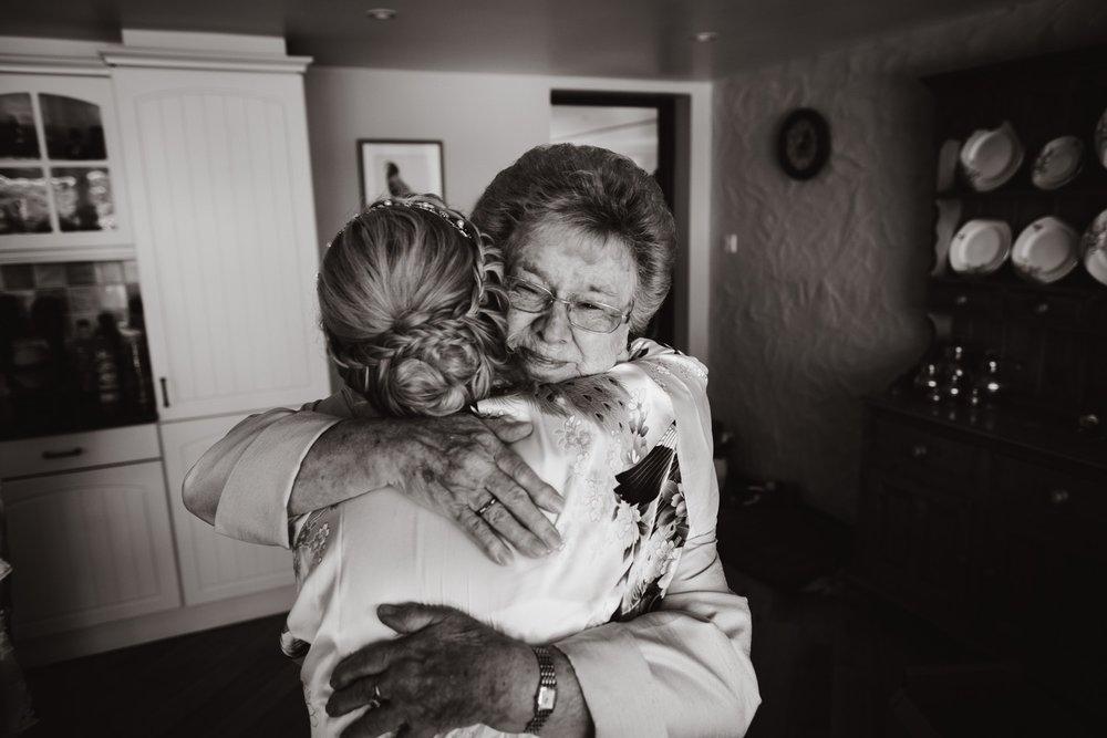 documentary wedding photographer-9.jpg