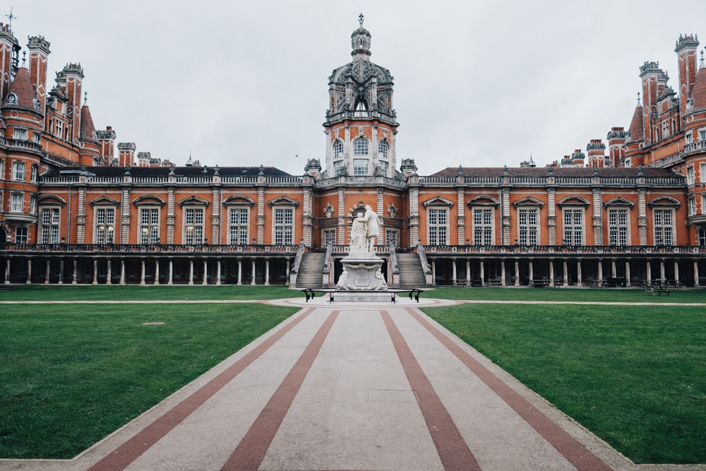 Royal Holloway wedding photography-1.jpg