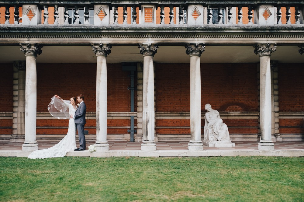 Royal Holloway wedding photography-25.jpg