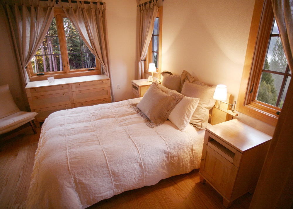 Cottage Interior - Bedroom view.jpg