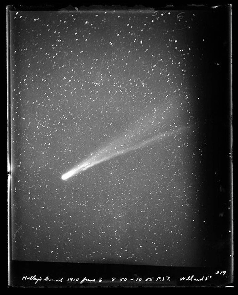 ucresearch :     A view of Halley's Comet from the  Lick Observatory  on June 6, 1910