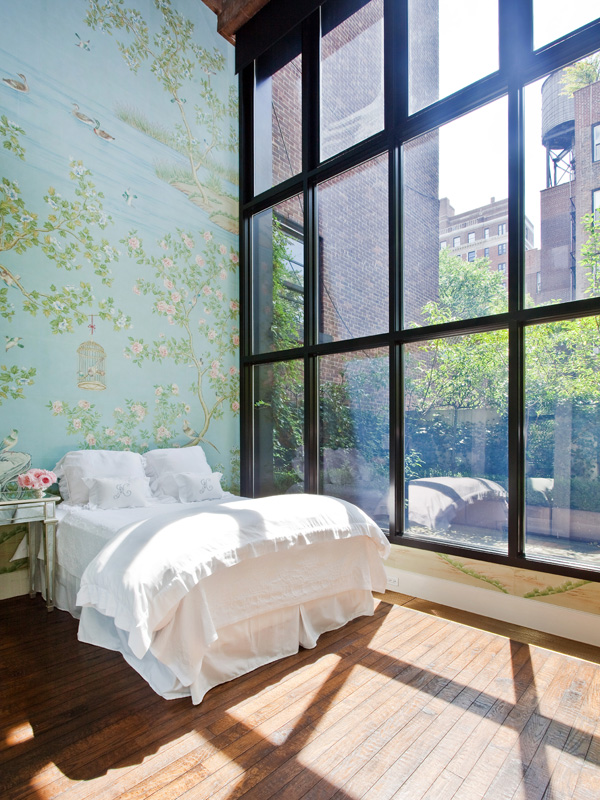 orangatrang :     Big, floor-to-ceiling windows are going to be a must in my home.