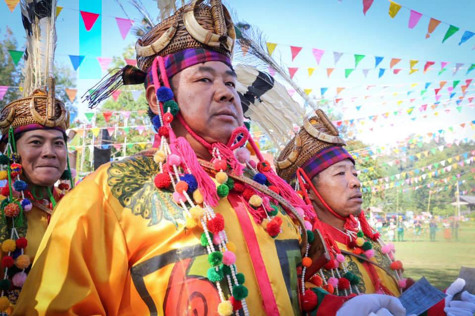 The manau leaders heading the dance. Banmai, Thailand.