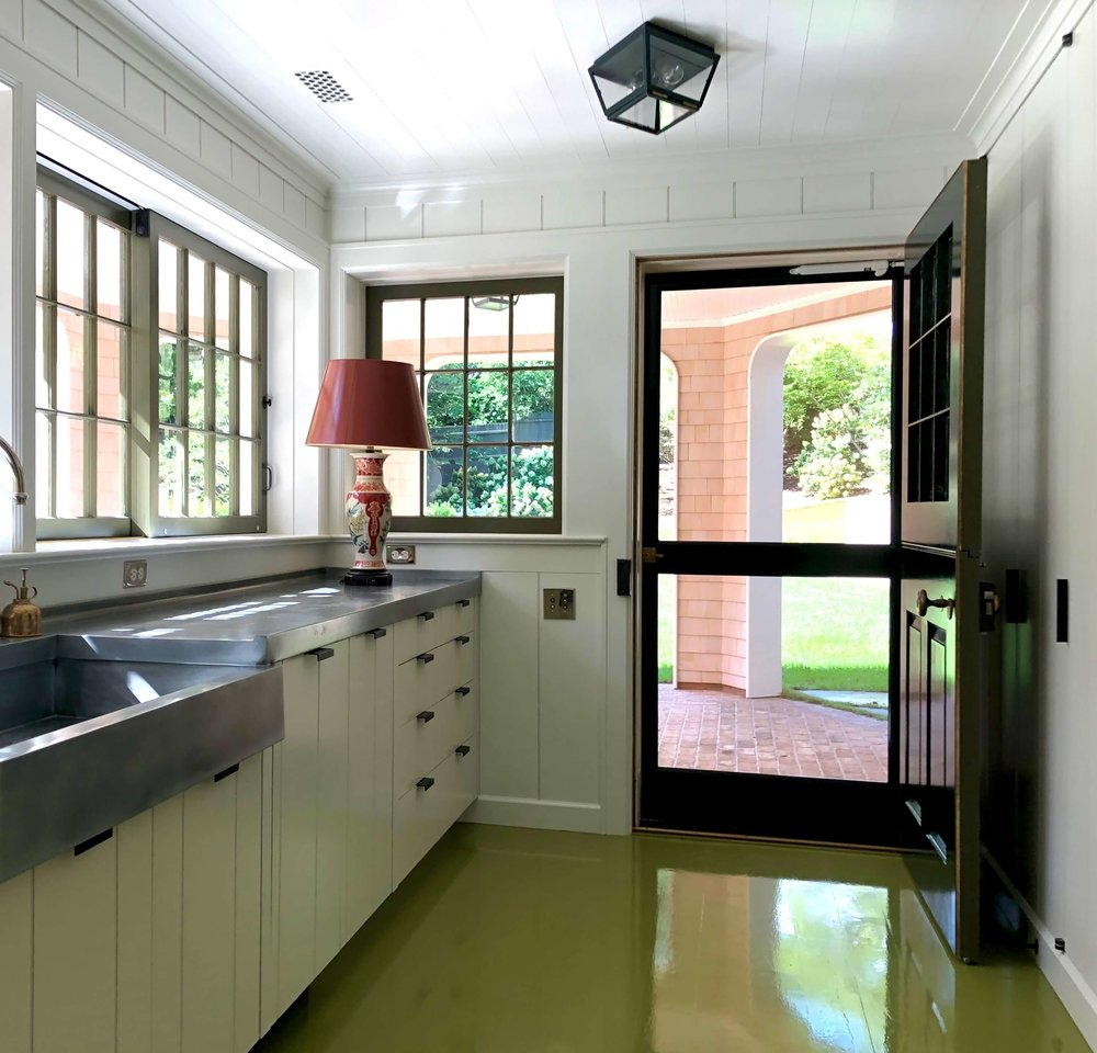 15 EAST HAMPTON COTTAGE SERVING PANTRY WEBSITE PHOTOS 2018.jpg