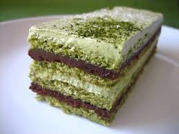 Matcha sponge cake with chocolate ganache