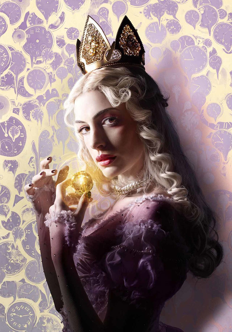 The White Queen (Anne Hathaway)