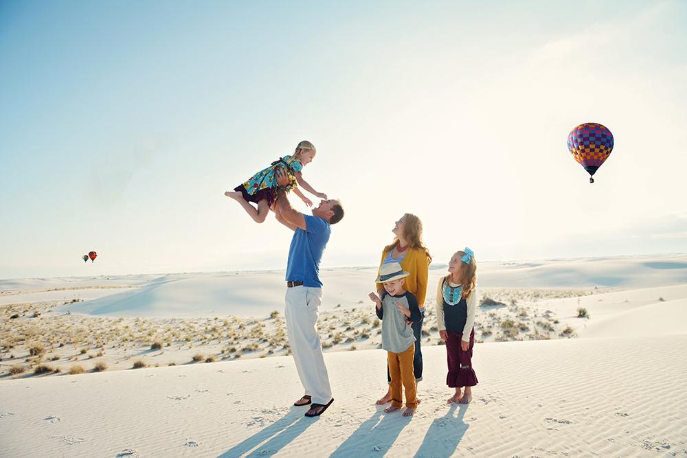 hot-air-balloons-family