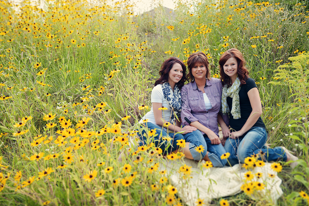 happy-sisters-photographs