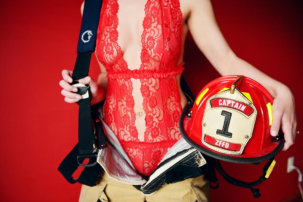 hot-boudoir-minnesota-fireman