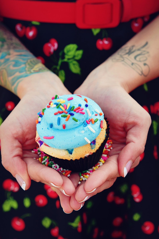 gimme-some-sugar-cupcakes