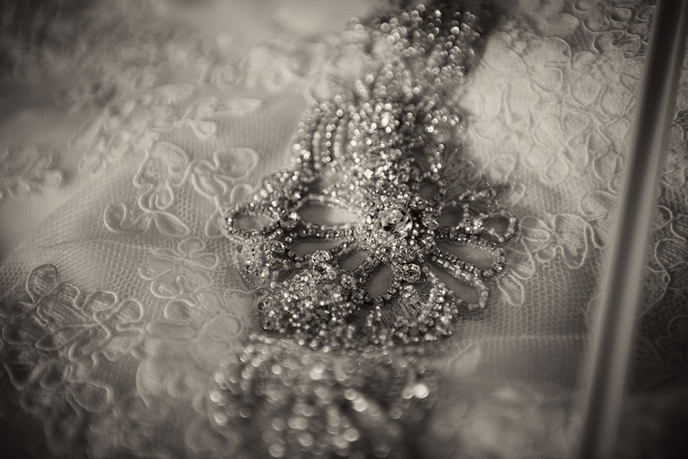 vintage-wedding-dress-photography-ashley