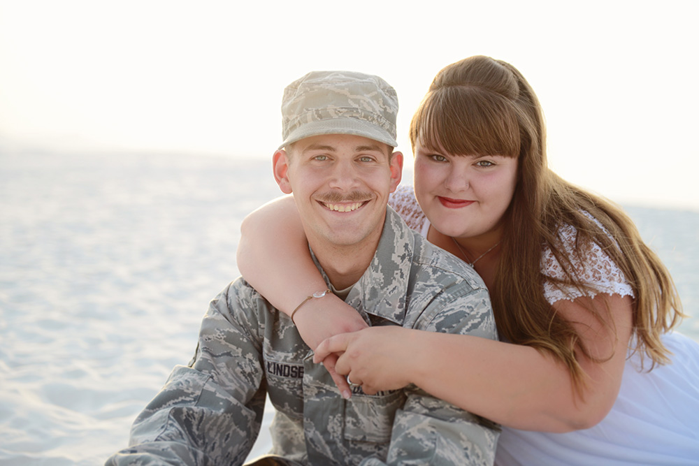 posing-air-force-couples-white-sands