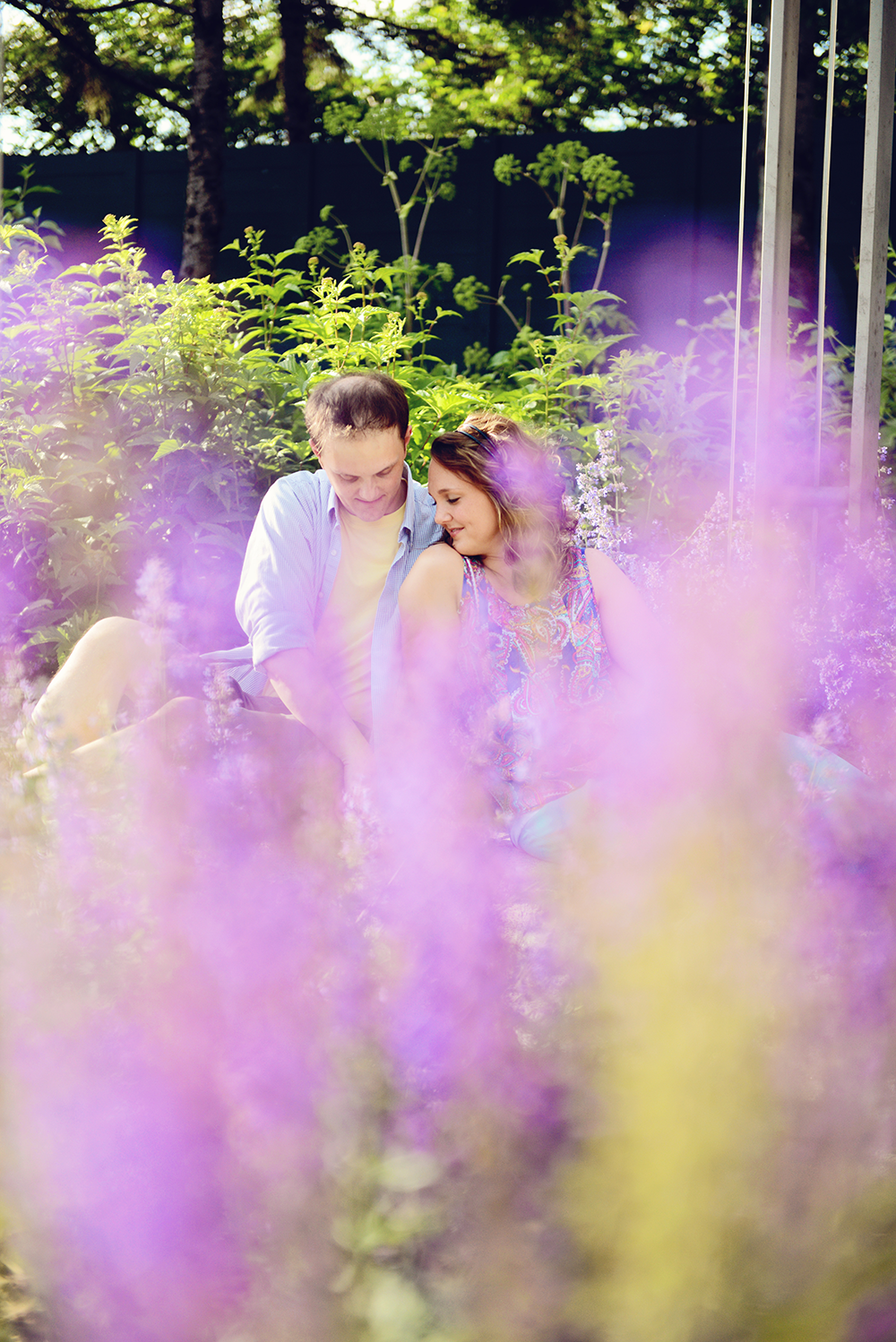 engagement-session-poses-flowers-minneapolis-minnesota