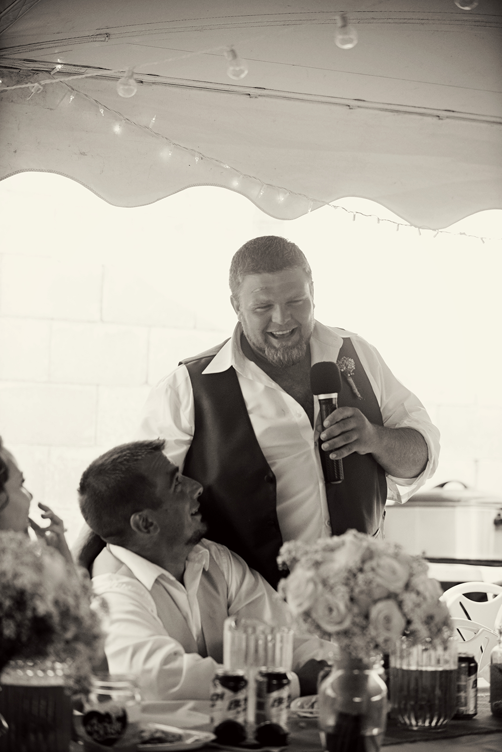 best-man-speech-with-groom-black-and-white