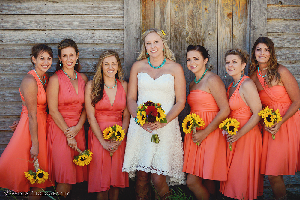 bridal-party-poses-wedding-photographer-bri