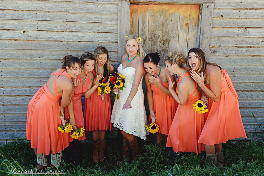 bridesmaid-bridal-party-photos-bri