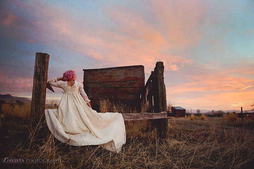 amazing-sunset-alamogordo-las-cruces-new-mexico-trash-the-dress-photography