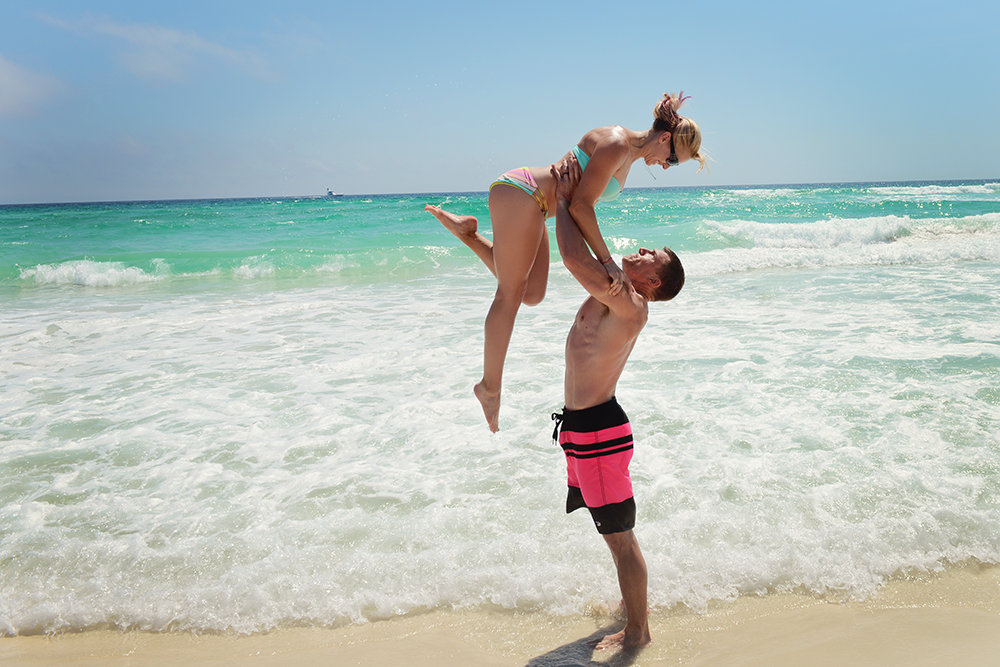 destin-florida-vacation-beach-water-beautiful-couples-portraits