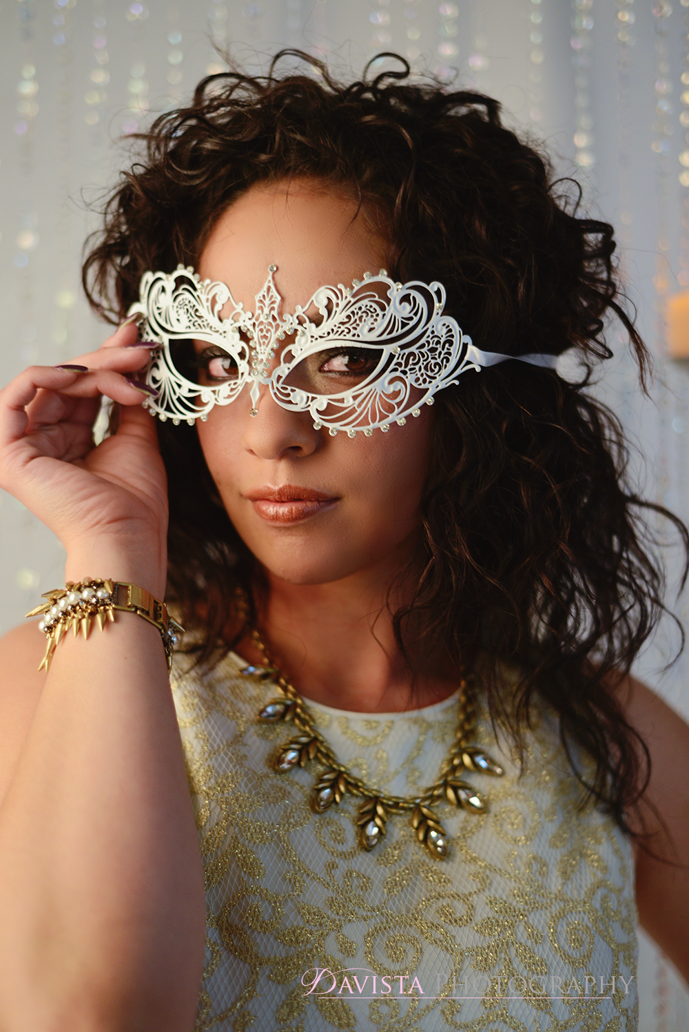 mask-masquerade-stella-&-dot-jewelry-photoshoot