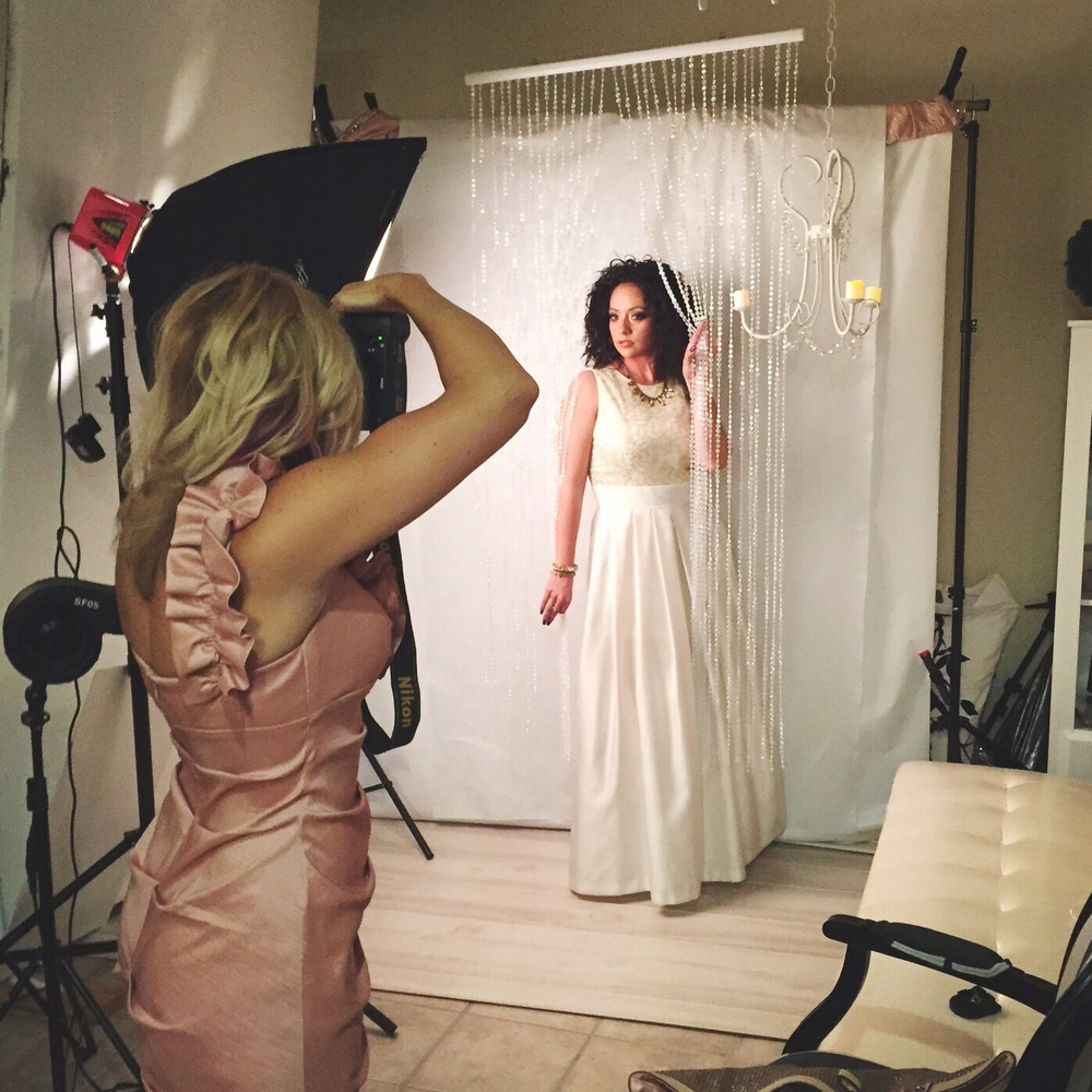 behind-the-scenes-davista-photography-scentsy-mary-kay-night