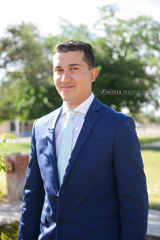 grooms-portrait-express-suit-alamogordo