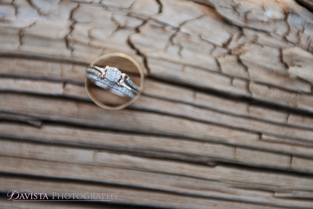 wedding-rings-macro-vintage