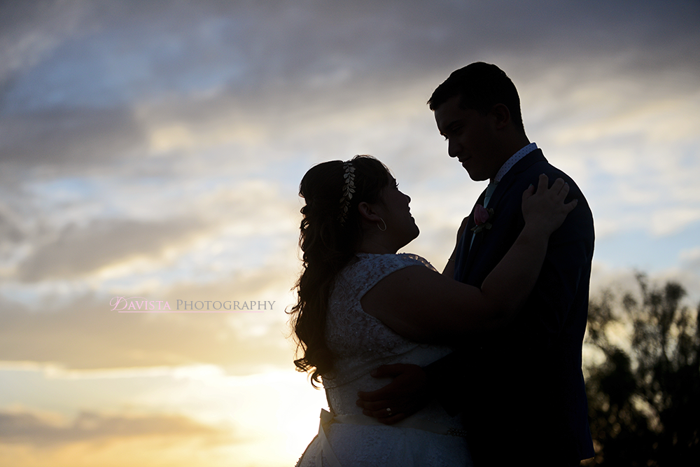 silhouette-couples-sunset-desert-wedding-photography