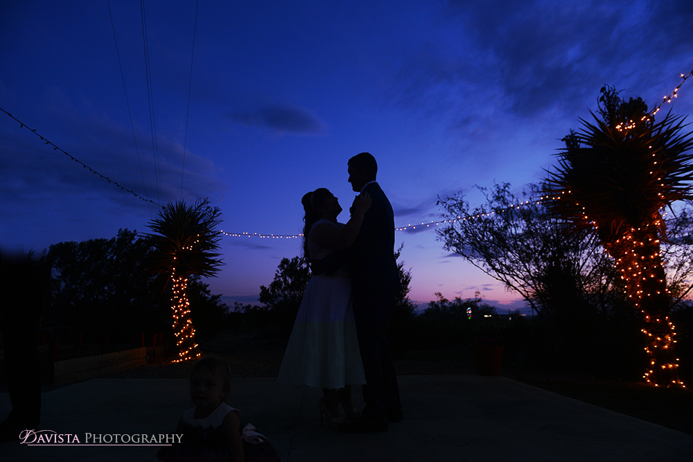 silhouette-first-dance-reception-sunset