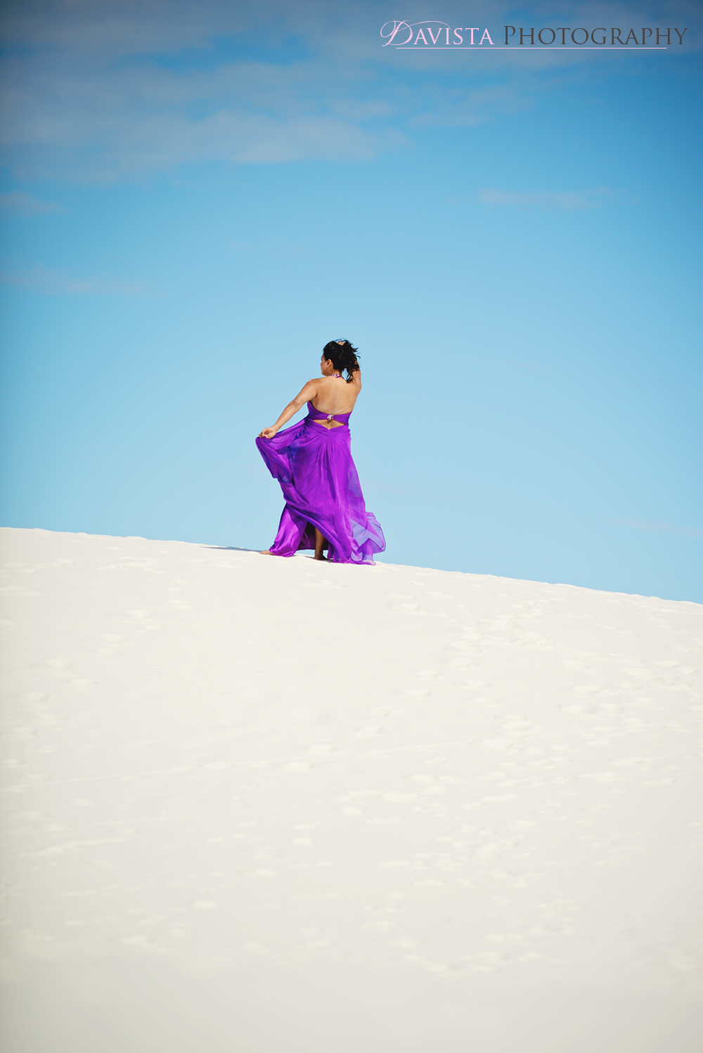 beautiful-portraits-on-the-beach-desert