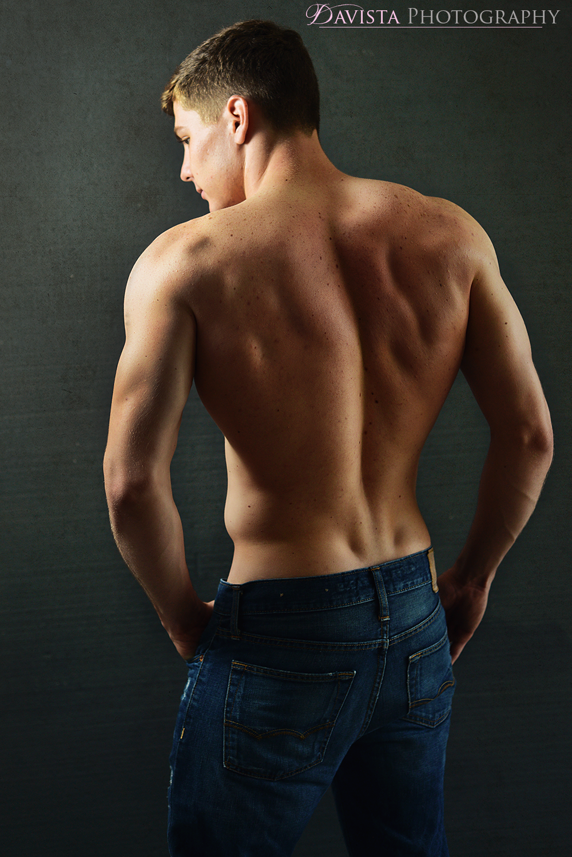 npc-mens-physique-fitness-model