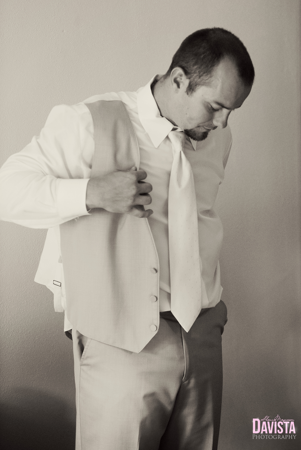 minnesota groom getting ready black and white