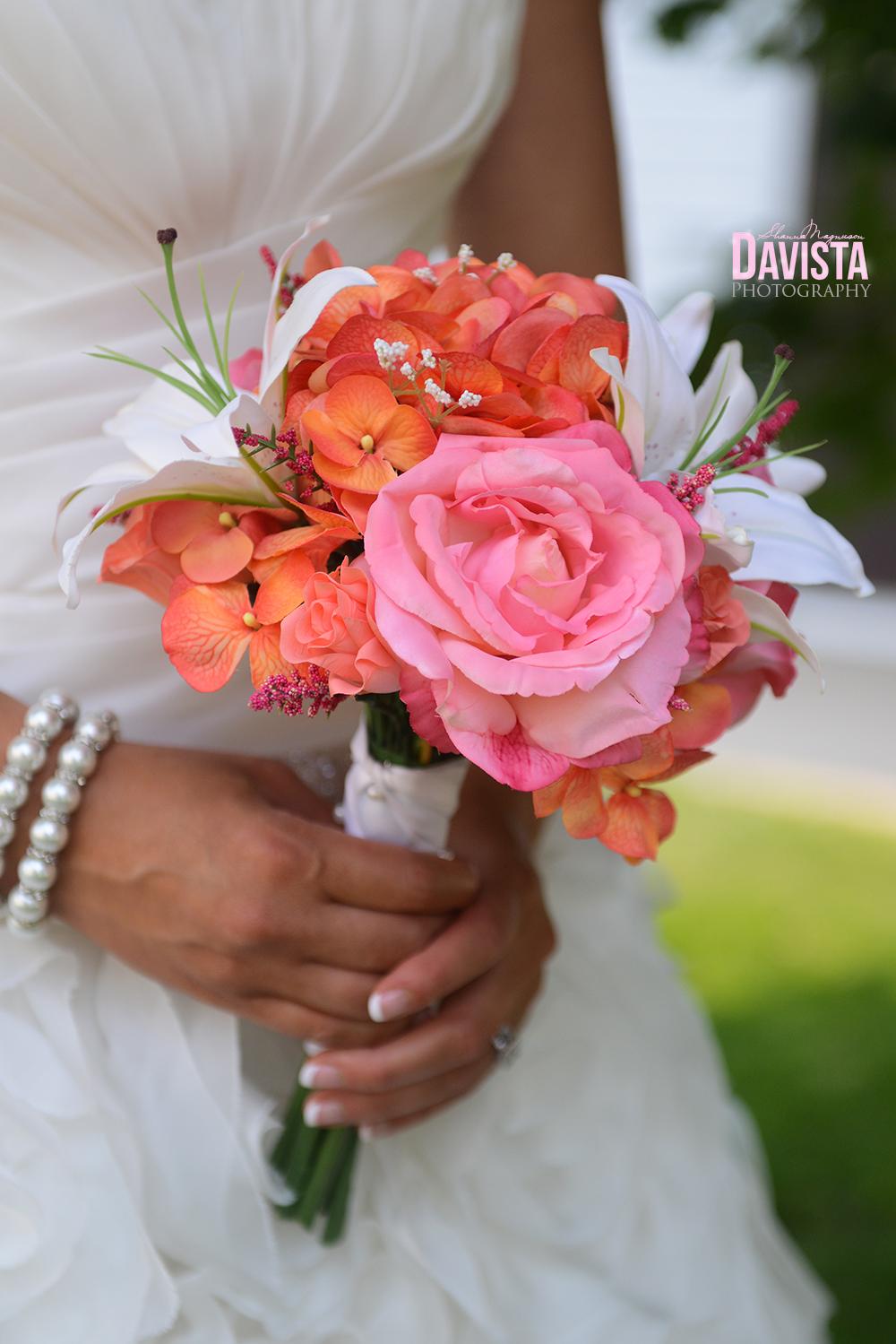 beautiful bridal bouquet of flowers minnesota