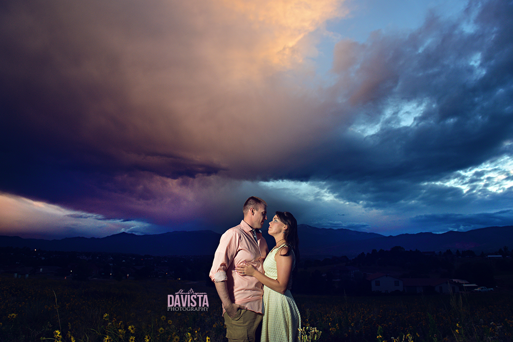 beautiful couples portraits with night sky