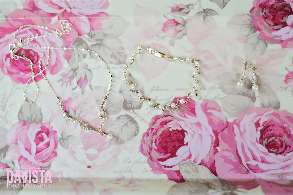 gorgeous wedding jewelry details