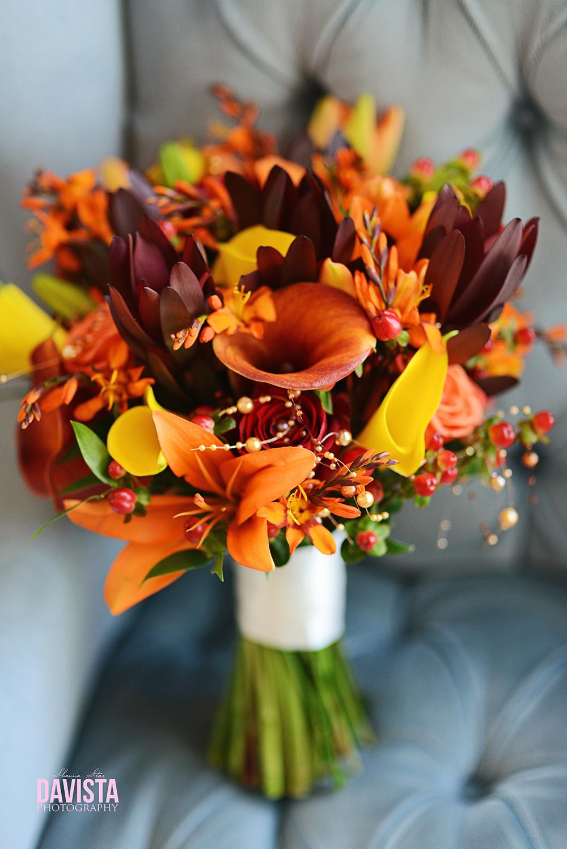 October wedding floral arrangement