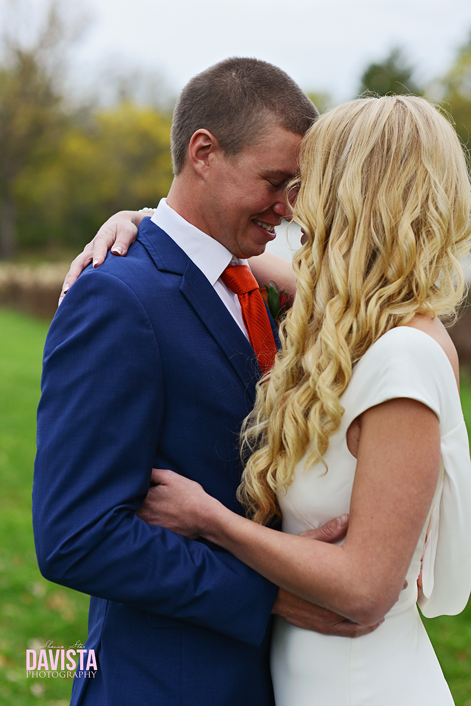 bride and groom- cottage grove Minnesota