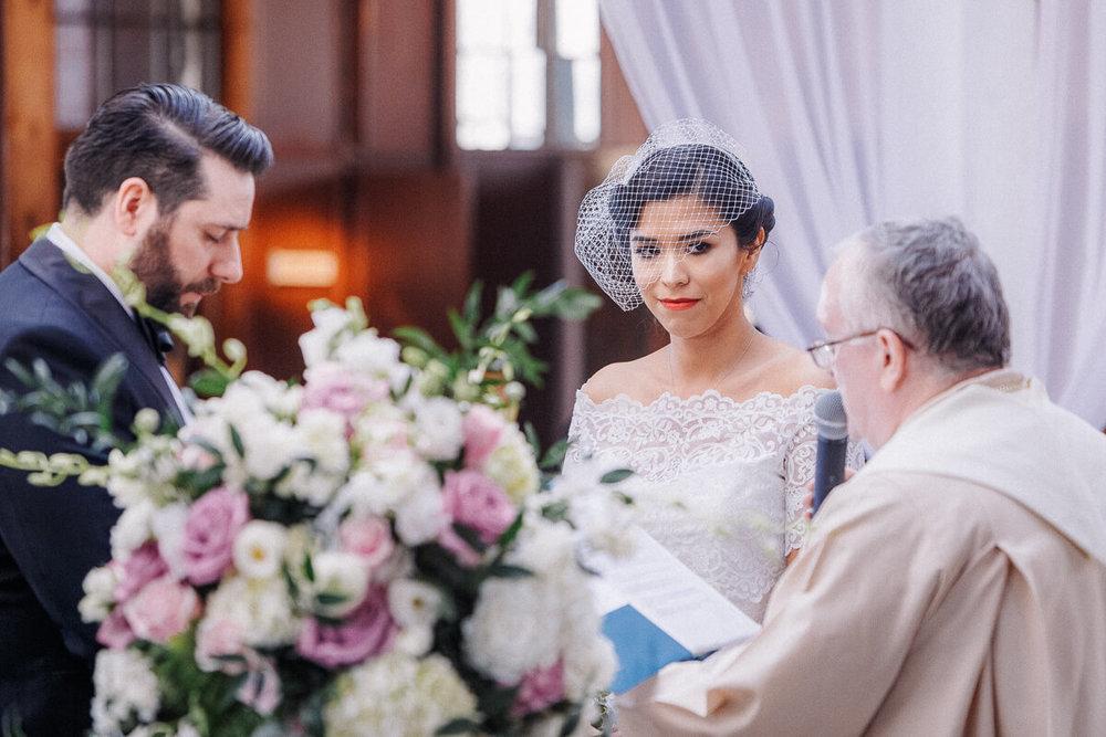 Wedding_photographer_New_York_City_Metropolitan_building_Peterrigophotography_0043.jpg