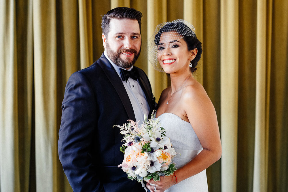 Wedding_photographer_New_York_City_Metropolitan_building_Peterrigophotography_0069.jpg