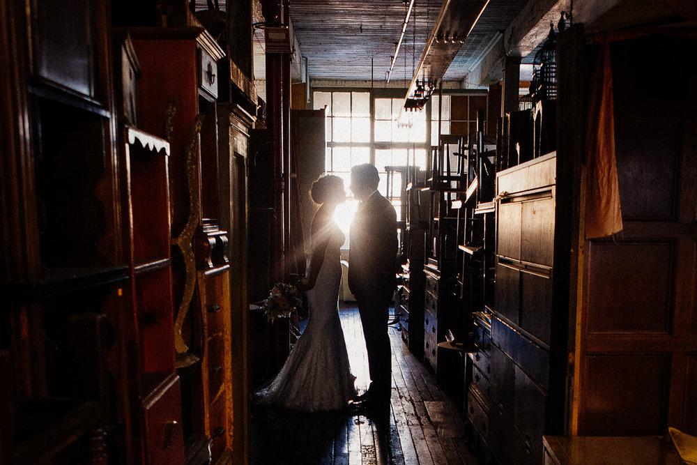 Wedding_photographer_New_York_City_Metropolitan_building_Peterrigophotography_0074.jpg