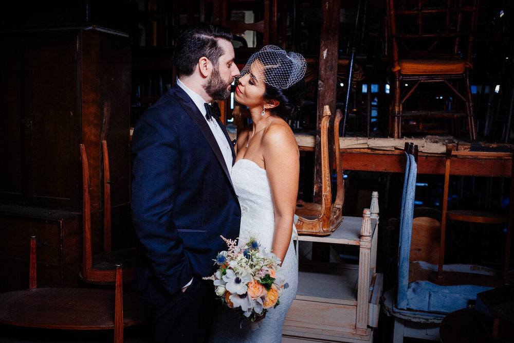 Wedding_photographer_New_York_City_Metropolitan_building_Peterrigophotography_0077.jpg