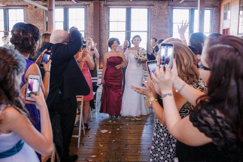 Wedding_photographer_New_York_City_Metropolitan_building_Peterrigophotography_0039.jpg
